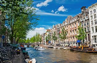 Stilvolles Design und künstlerisches Ambiente in der Amsterdamer City