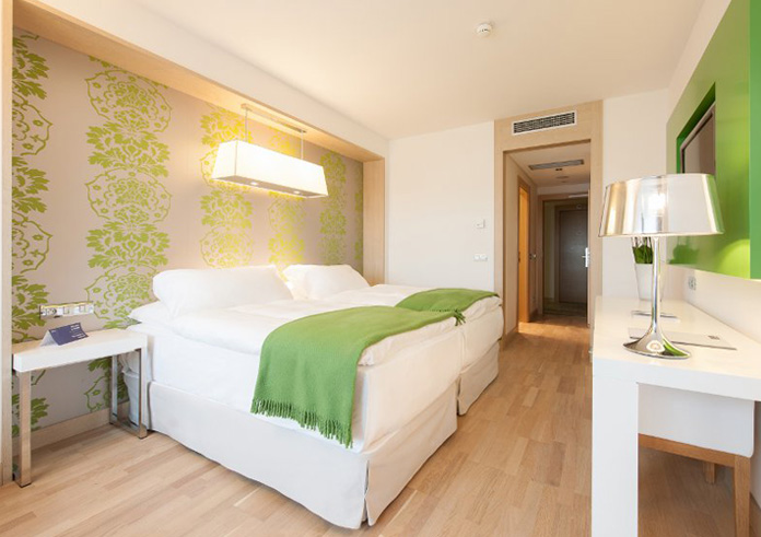 Freie Zimmer Im Hotel Direkt Am See In Bayern