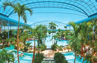 Badespaß & Erholung in der paradiesischen Thermen & Badewelt Sinsheim