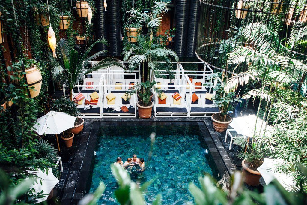manon hotel