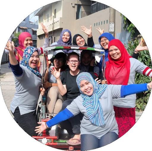 Tari Travel Team