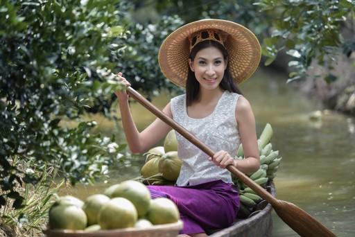 Kratie Woman in Boat