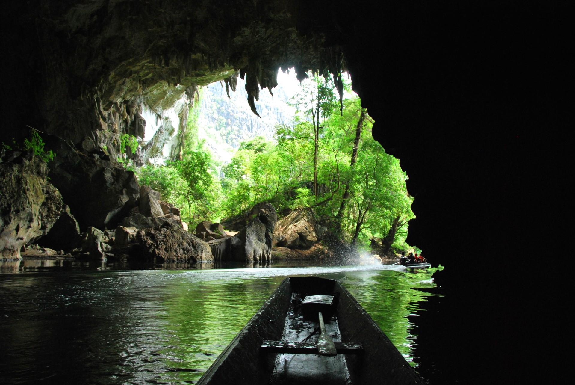 Kong Lor Caves
