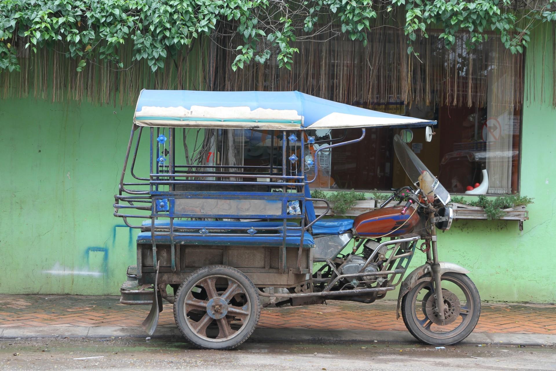 Tuk tuk in Vientiane