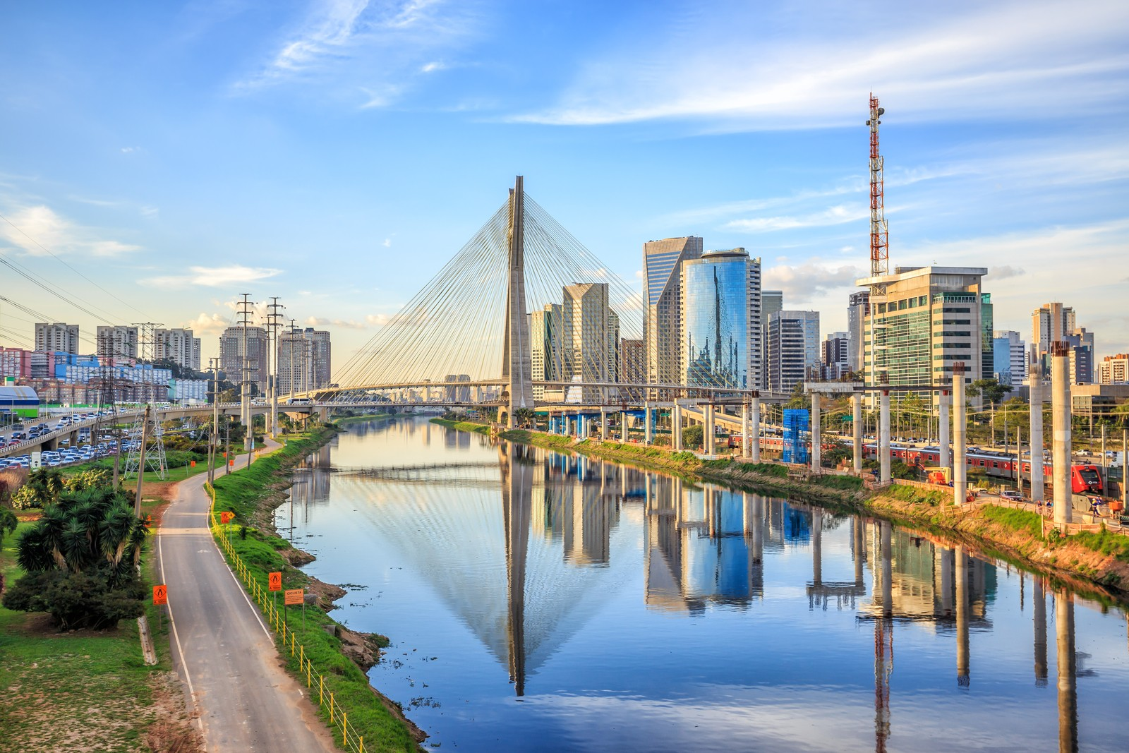 Sao Paulo Not Only Is It Brazils Largest Metropolis With A Population Of More Than 12 Million Rising To 20 Million If You Include The Suburban