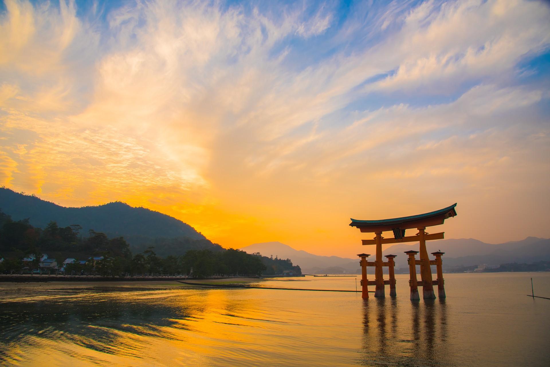 Itsukushima floating Shinto shrine near Hiroshima