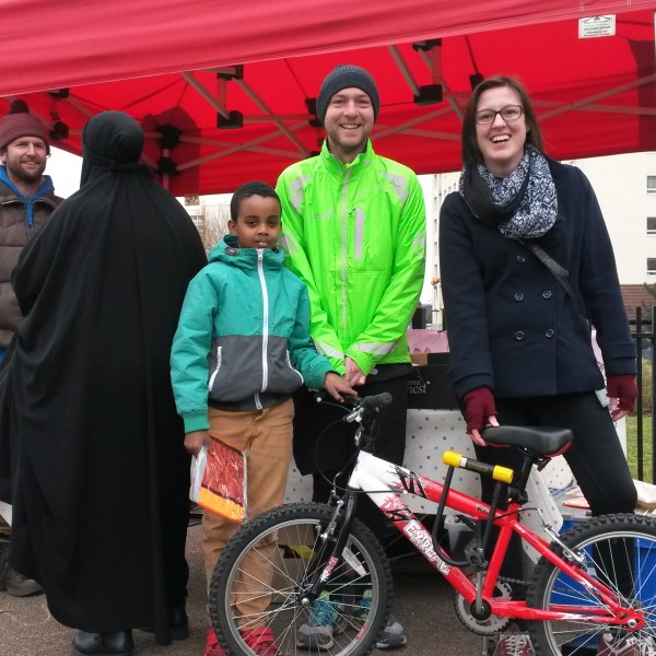Image: Housing Officer, Sustrans staff and residents at a launch event
