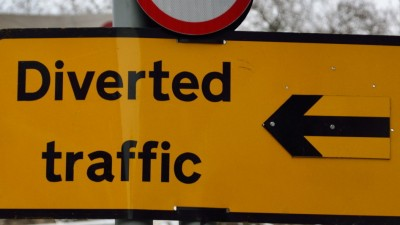 Thumbnail image for Council apologises for extended Temple Circus roadworks