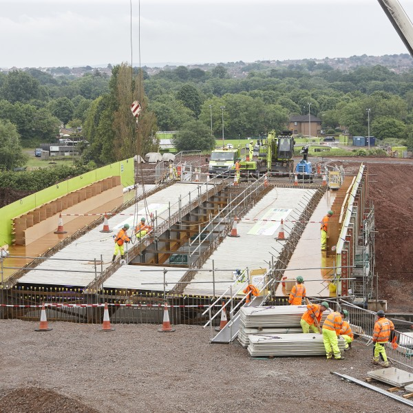 Image: MetroBus M32 bridge lift