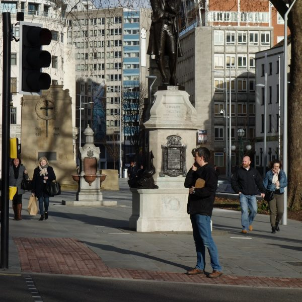 Image: City centre: crossings and public realm