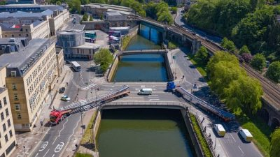 Thumbnail image for Final sections of bridge superstructure touch down in Bath