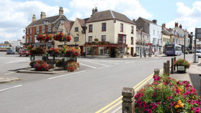 Thumbnail image for Thornbury High Street closed to traffic to help residents stay safe