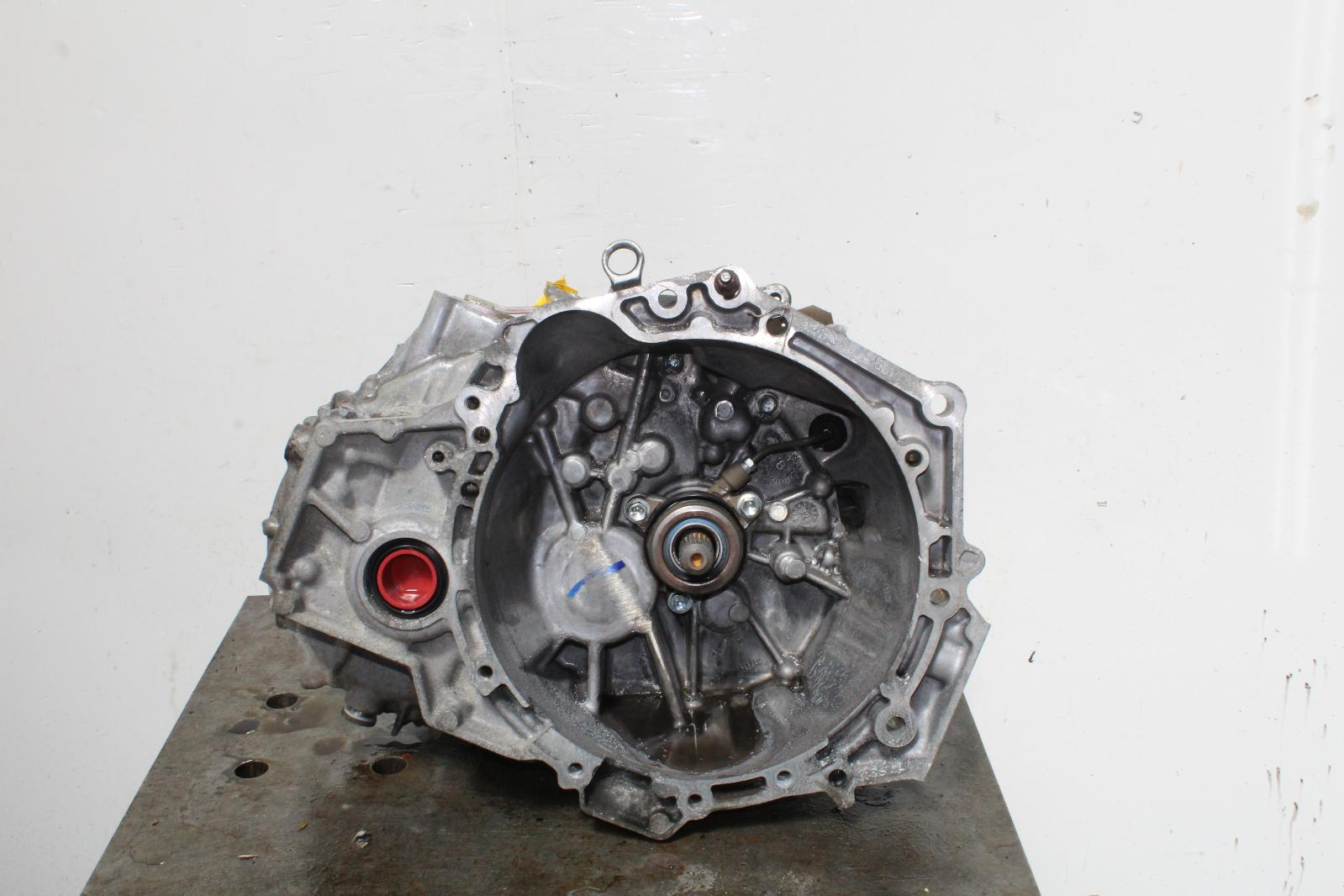 2012 Toyota Yaris 1329cc Petrol 6 Speed Manual Gearbox 30300 0d210 Alternator Wiring Diagram Image Is Loading