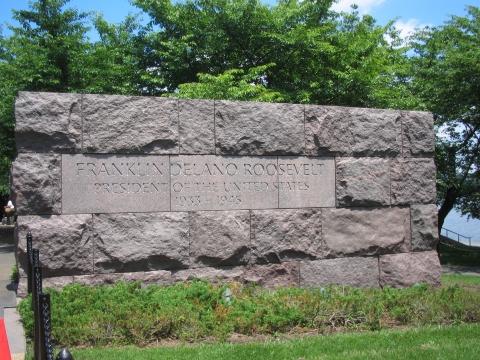 Washington - Roosevelt Memorial