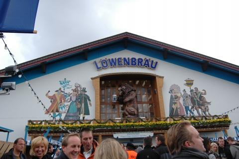 Festzelte - Löwenbräu-Festzelt
