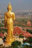 Neugebauter Tempel in Jinghong