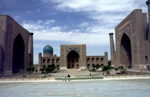 Samarkand - Registan mit den drei Medresen in Samarkand