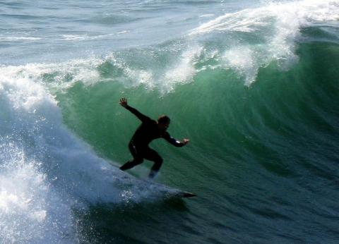 San Diego - Surfer Mission Beach