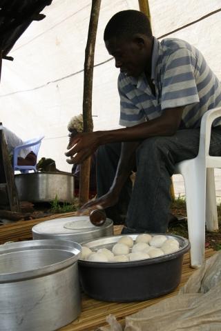 beim Chapati machen