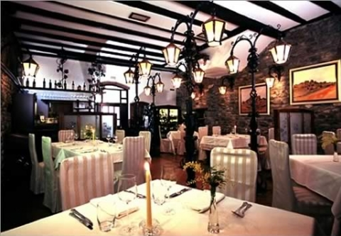 Motovun - Restaurant Zigante in Livade