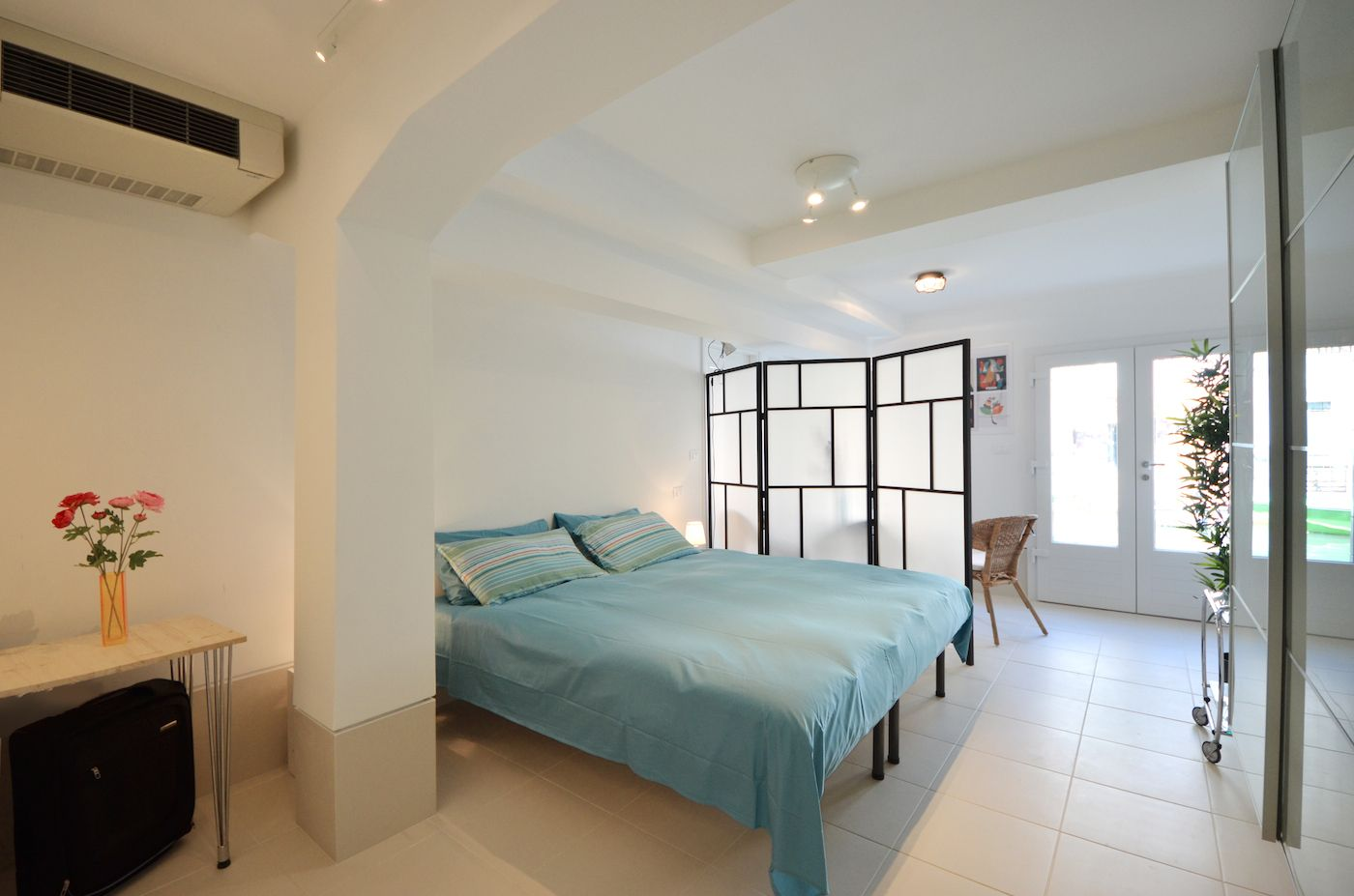 master bedroom that can be prepared also with 2 single beds on request
