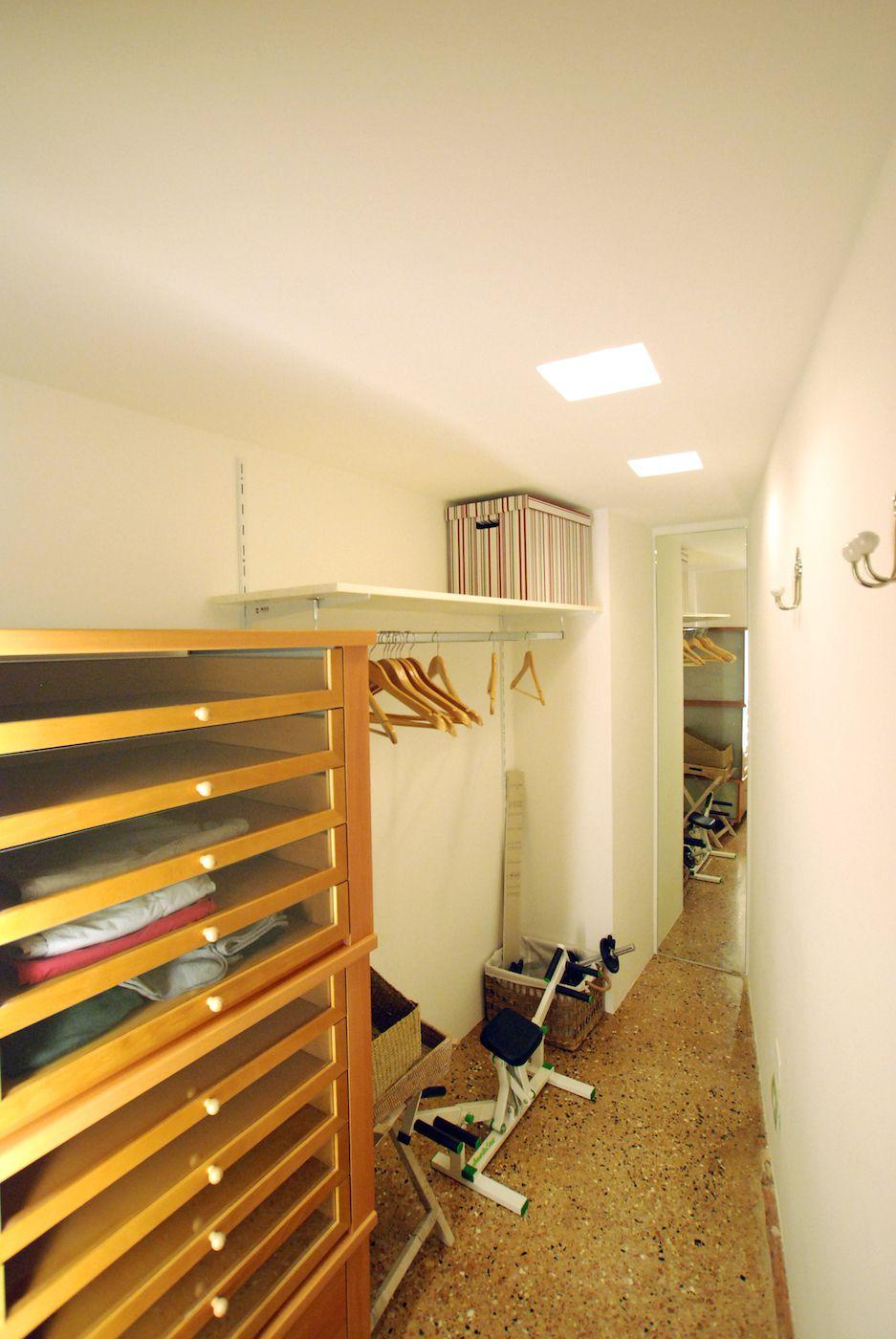 second bedroom walk-in wardrobe
