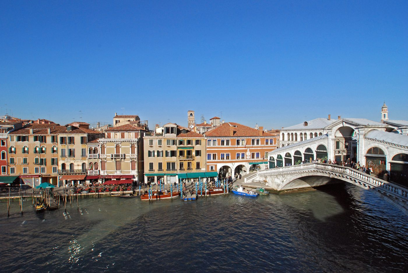 view from living room on Rialto Bridge