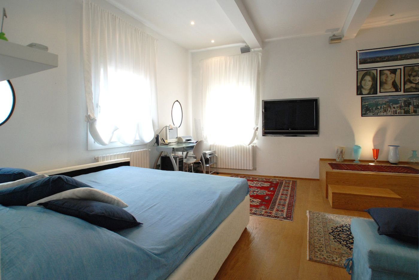office corner, flatscreen TV, spacious wardrobe