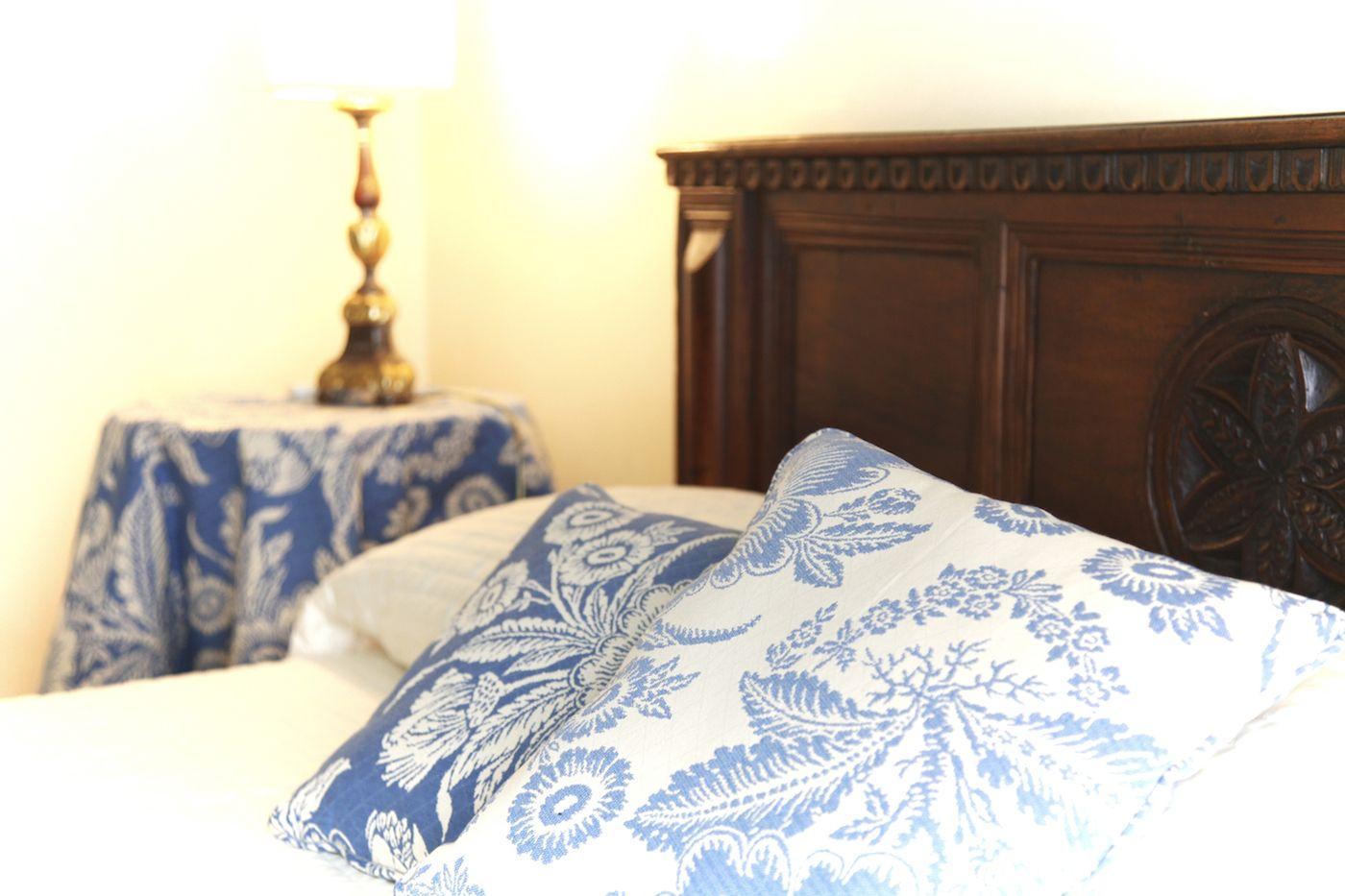 precious fabrics, classic furniture, sober colors...