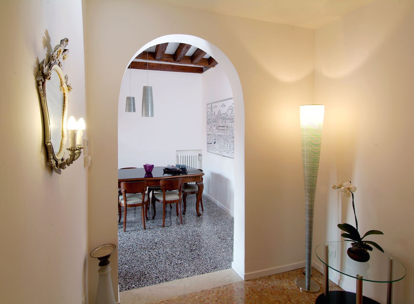entrance room at the second floor