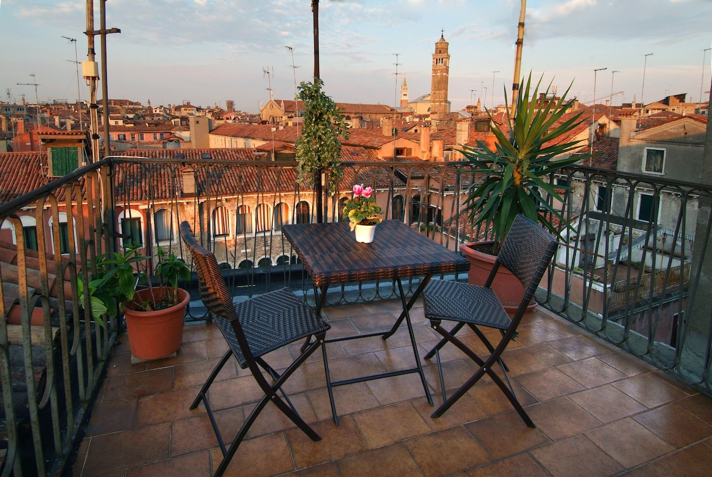 the 4th floor roof-top terrace offers a great panoramic view over the San Marco district