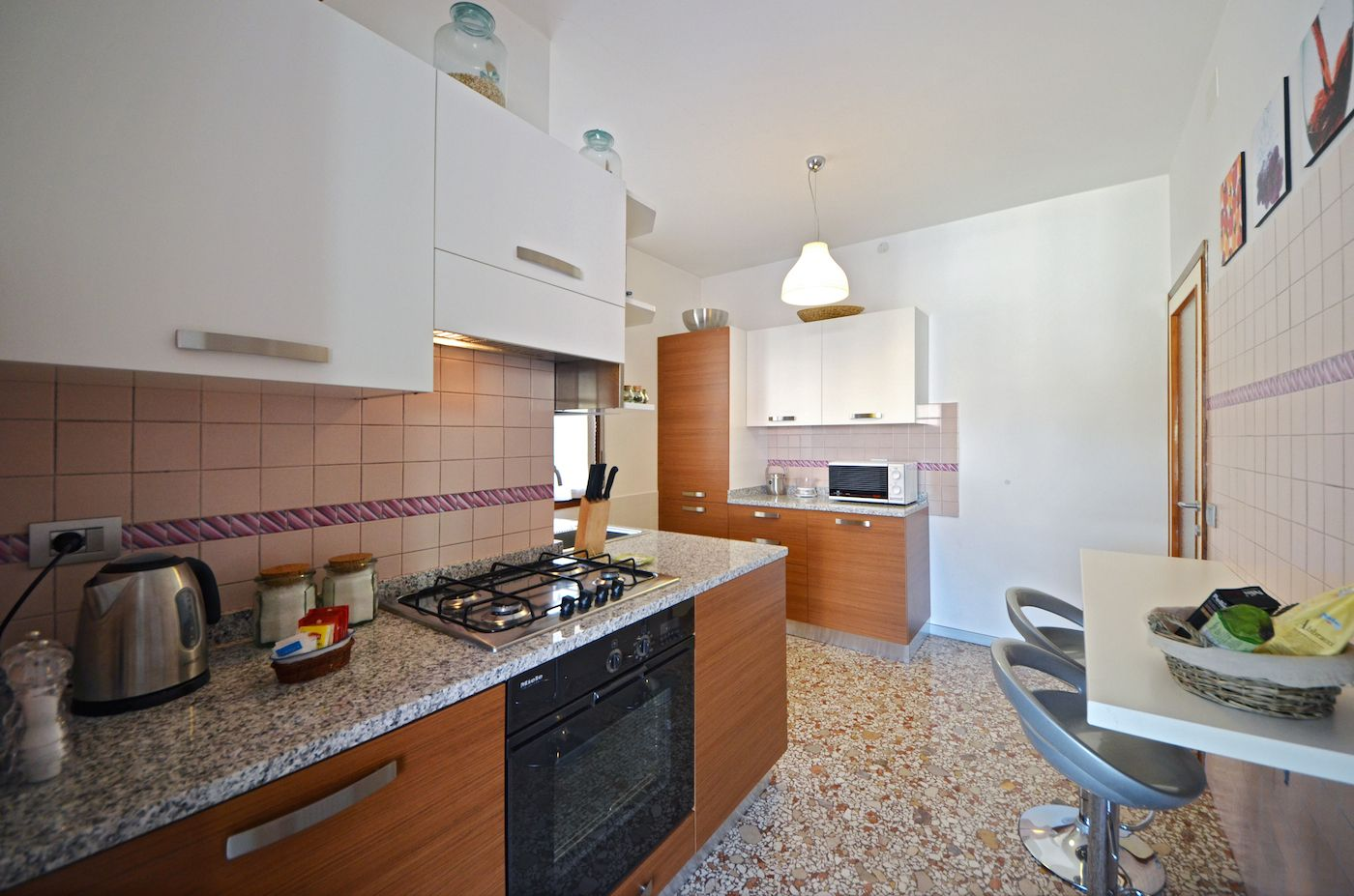 spacious, functional and fully equipped kitchen