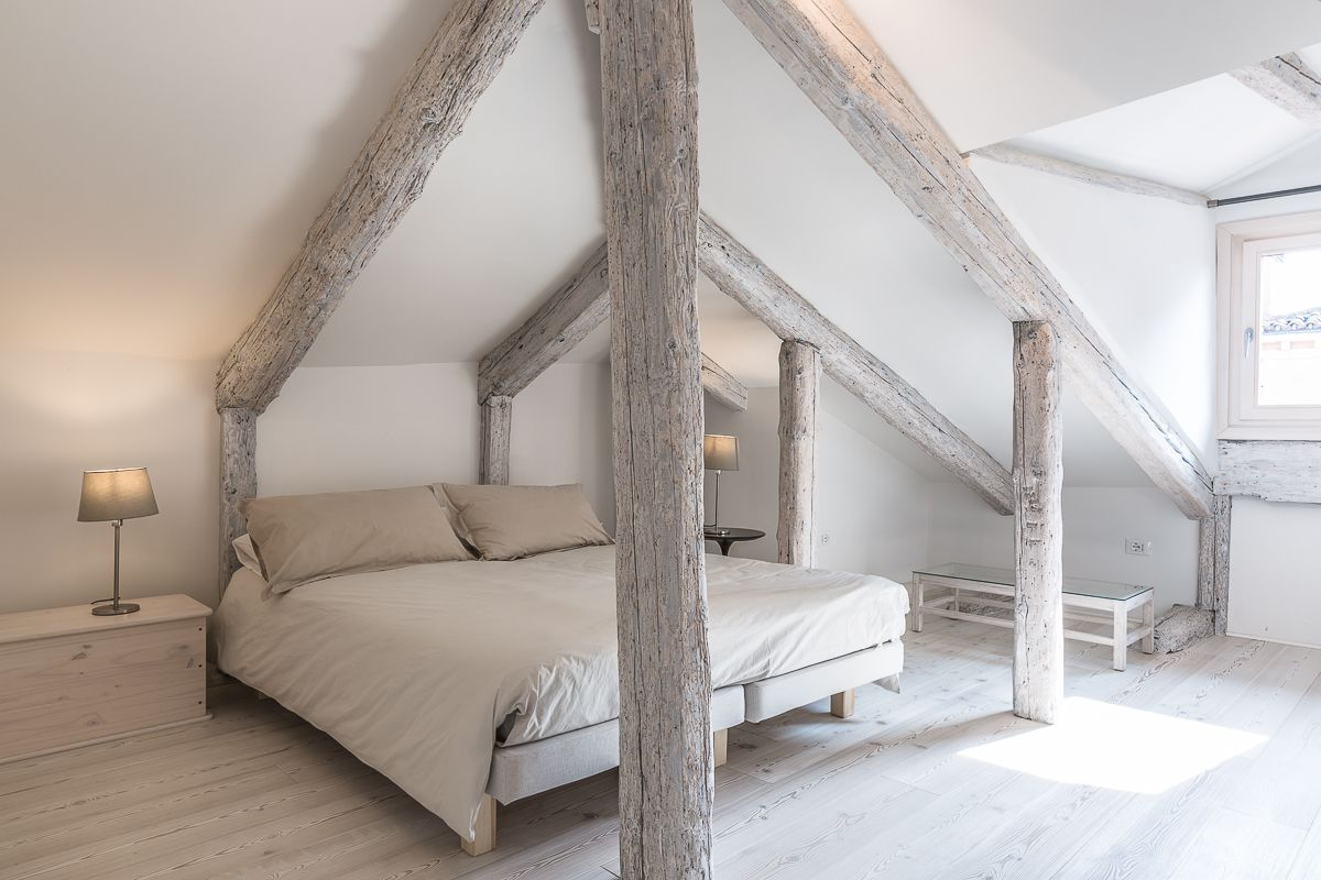 the attic is our favourite room: with en-suite bathroom, view and access to the terrace