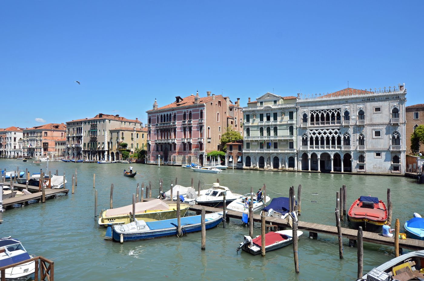 panoramic view from the living room of the Alba d'Oro on the Grand Canal