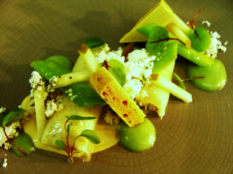 Crab,Burnt Leek And Pear