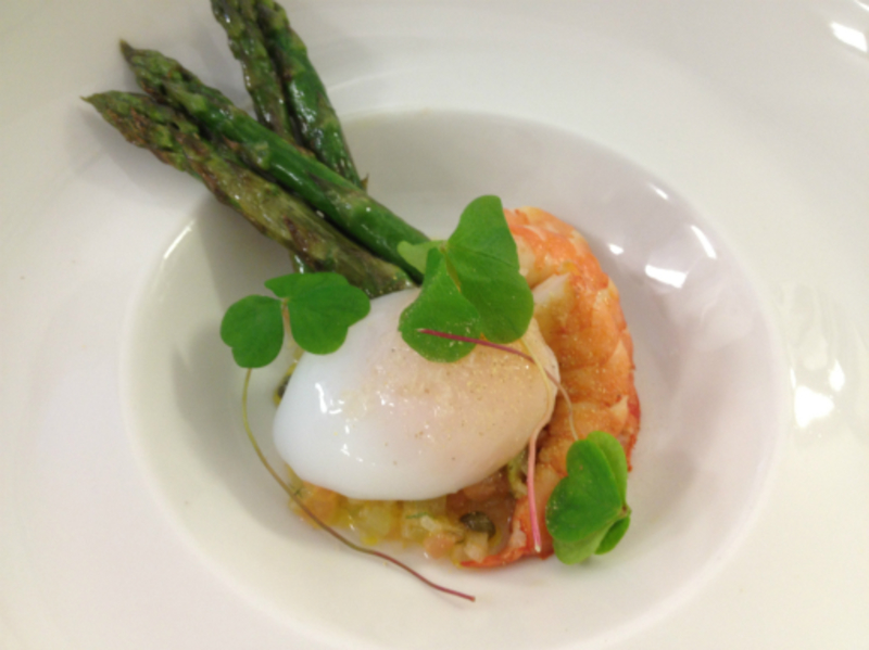 smoked shrimp, s/v duck egg , wood sorrel & asparagus