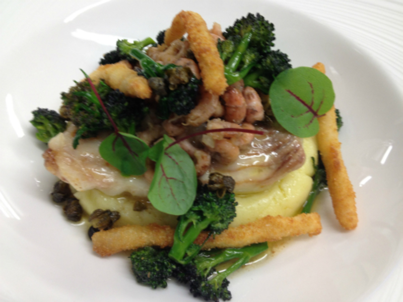 s/v skate, pomme puree, smoked shrimps & purple broccoli