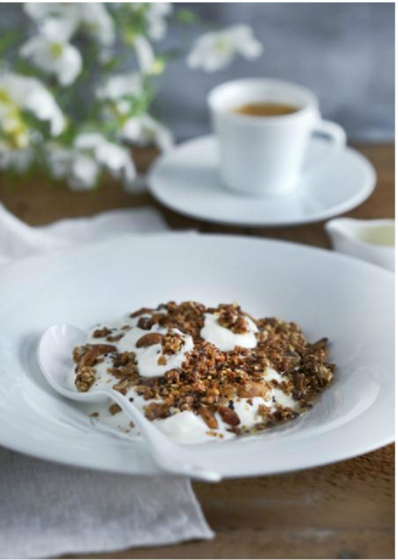 ROASTED GRANOLA WITH COFFEE, GREEK YOGHURT AND HONEY by Phil Howard