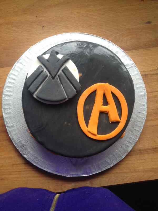 Avengers/ agents of shield cake