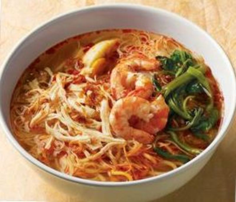 Malaysian Prawn & Chicken Laksa using MAGGI Coconut Milk Powder Mix, MAGGI Asian and chicken Concentrate Liquid Fonds