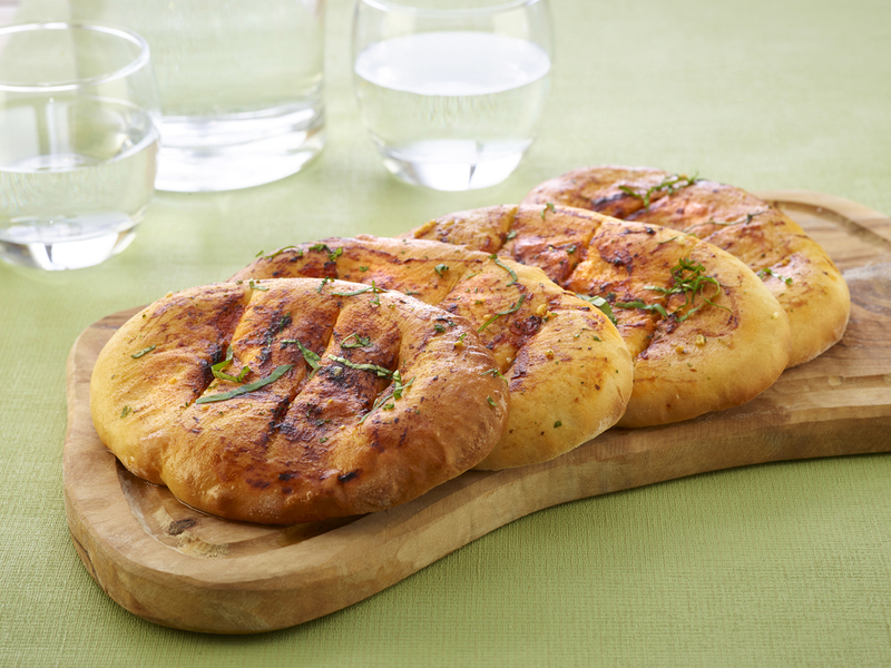 McDougalls Garlic & Tomato Pizza Bread