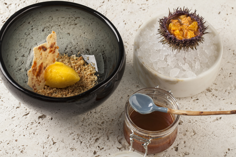 Sea urchin / tangerine recipe by Ivan and Sergey Berezutskiy - 1