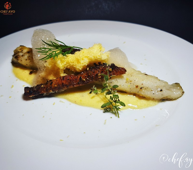 Zanderfilet / Lemon sauce / Lemon cloud / Sesame seeds oil/ Crispy Smoked fillet skin / Lemon sponge...