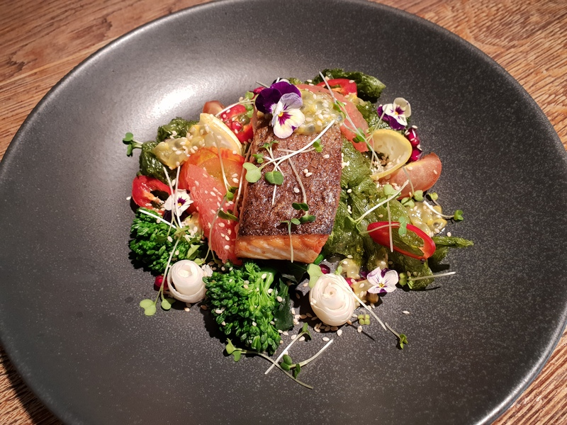 Salmon, Crispy Seaweed salad, Pink Grapefruit, passion fruit Dressing. Broccoli,Chilli, Toasted Sesame Seeds