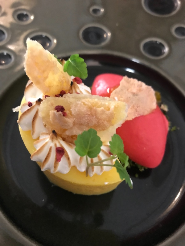 Passion fruit Curd, Meringue, Raspberry, Pistachio :fire::fire: