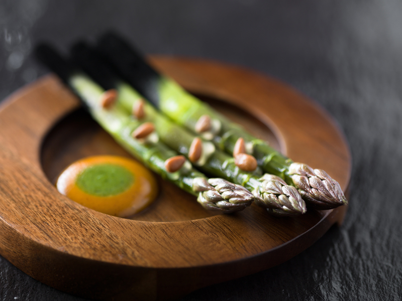 Asparagus with Harrisa recipe by Richard Allen
