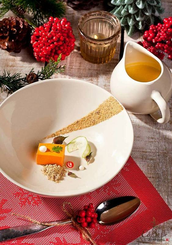 Pumkin soup and red pepper mousse with cashew crumble - its good for christmas