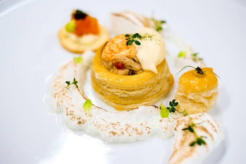 Co aux vent , blinis with french meringue