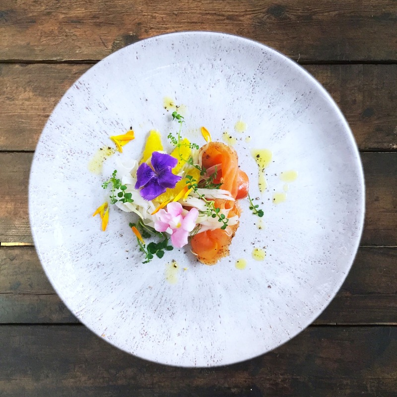 Gin & Tonic cured salmon, citrus & British foraged plants
