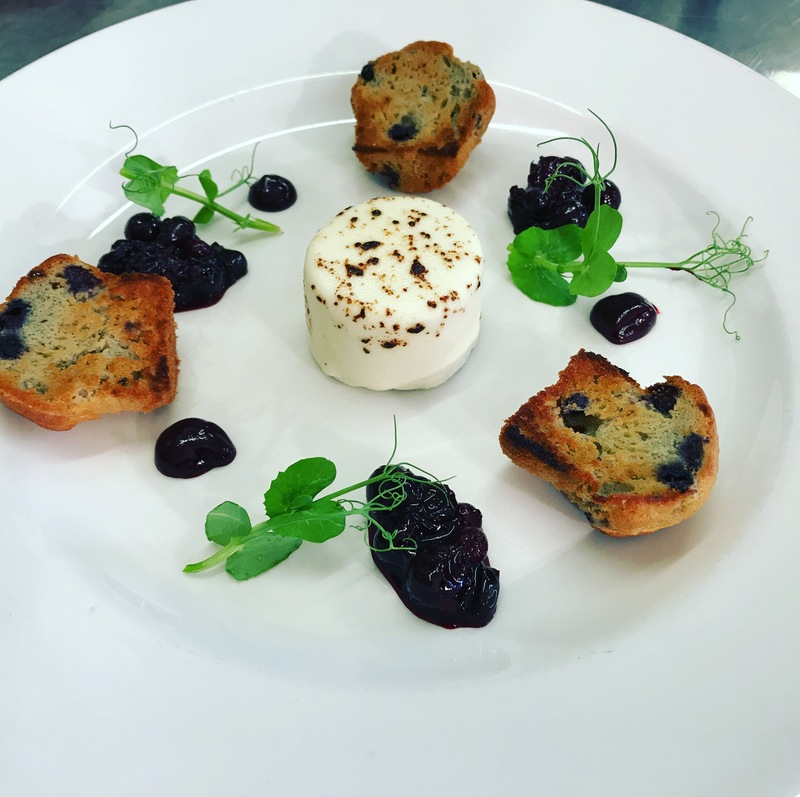 Goat cheese crotin - toasted mini blueberry muffin, blueberry compote